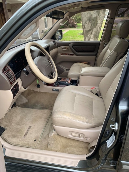 Toyota Land Cruiser 2000 price $10,500
