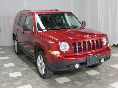 2015 Jeep Patriot 4WD Latitude 25K WARRANTY TINTED FINANCE HERE