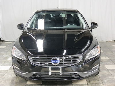 2015 Volvo S60 2015.5 T5 Drive-E Premier 25K NAVIGATION BLIS HEATED LEATHER SUNROOF