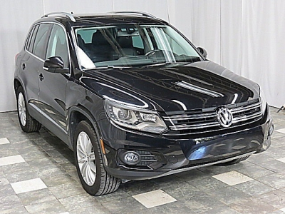 2016 Volkswagen Tiguan SE 4MOTION Navigation HID Headlights