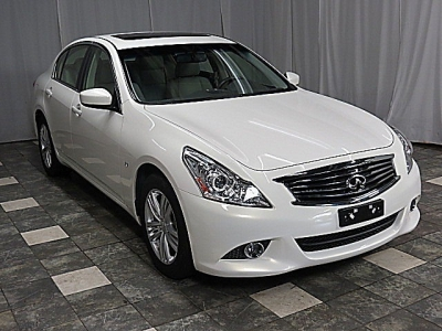 2015 INFINITI Q40 4dr Sdn AWD 17K WRNTY NAVIGATION REAR CAMERA HEATED SEATS