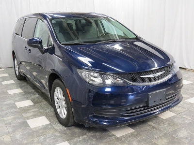 2017 Chrysler Pacifica Touring 33K WARRANTY ALLOY WHEELS REAR CAMERA CLEAN