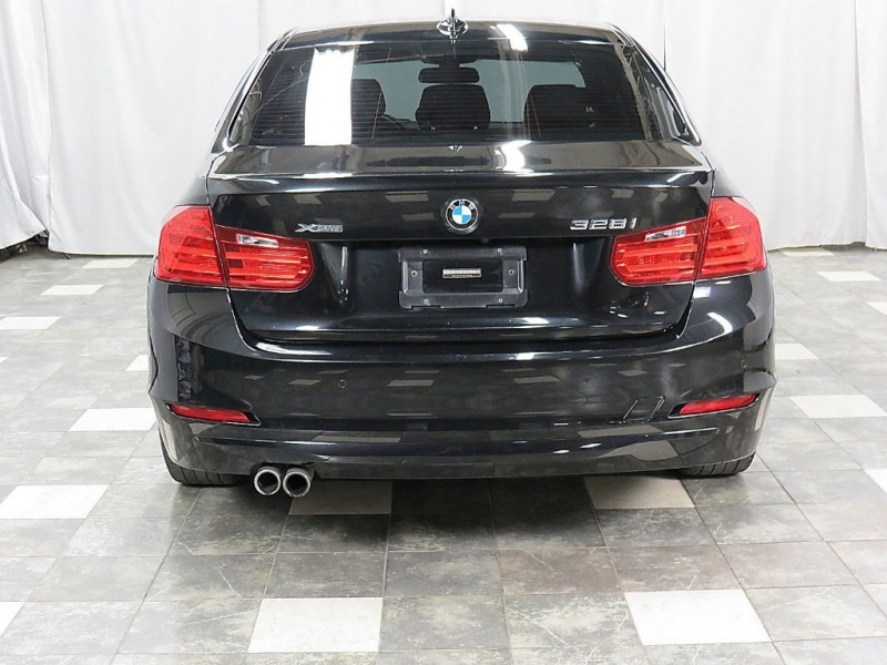 BMW 3-Series 2015 price $18,495