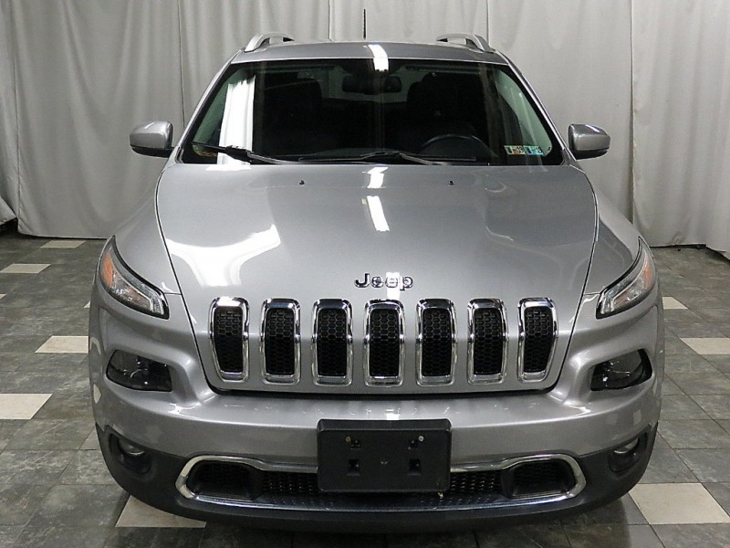 Jeep Cherokee 2017 price $16,460