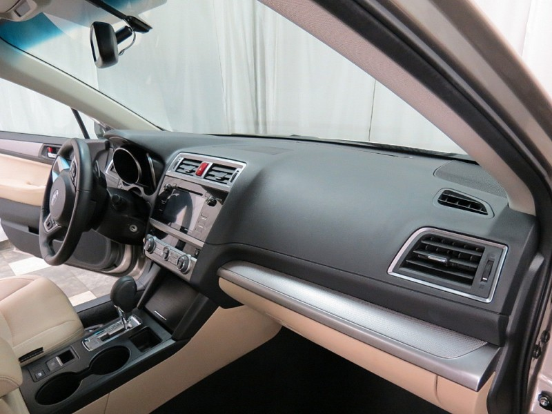Subaru Legacy 2016 price $14,495