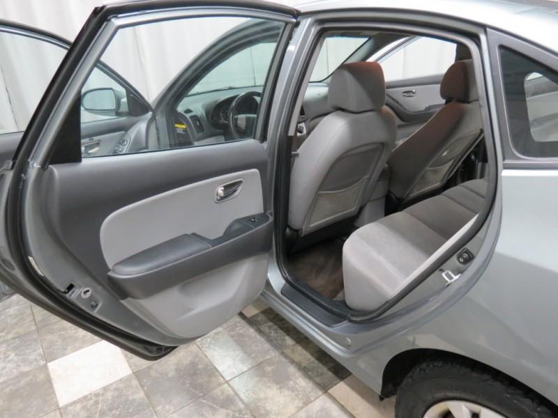 Hyundai Elantra 2010 price $3,795