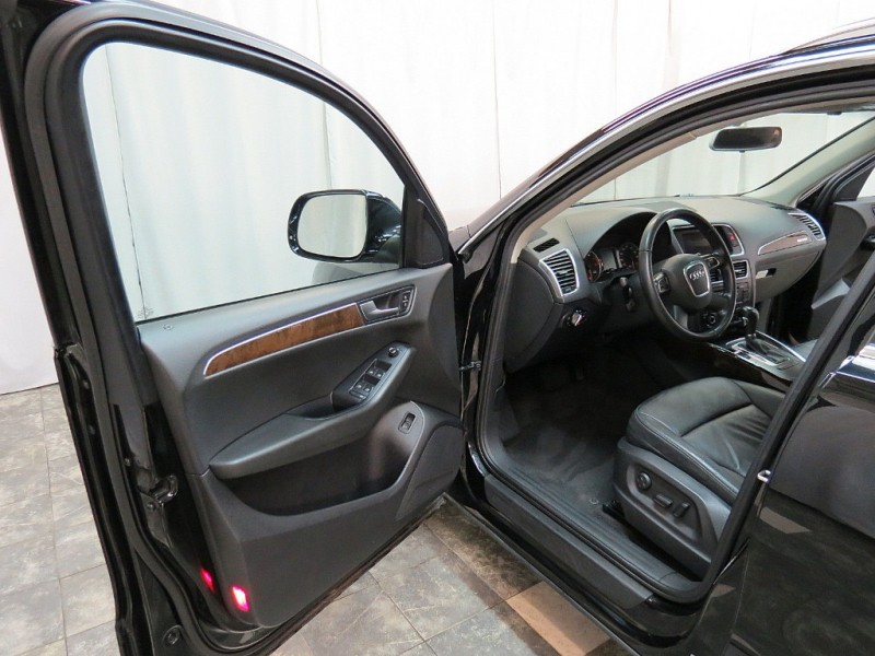 Audi Q5 2011 price $9,395