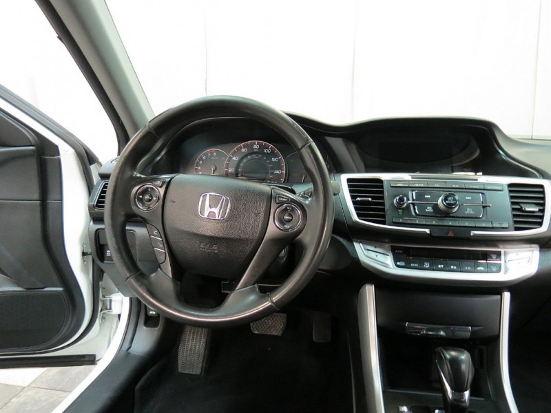 Honda Accord Sedan 2014 price $13,850