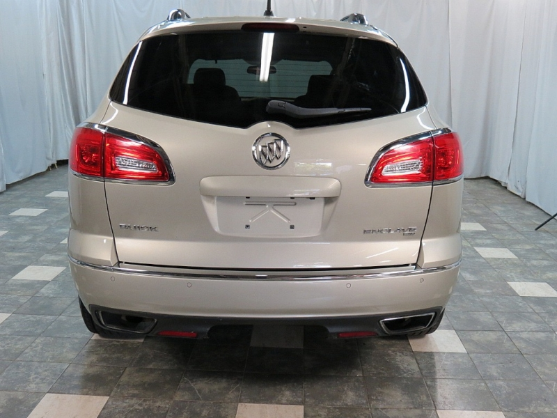 Buick Enclave 2015 price $17,495