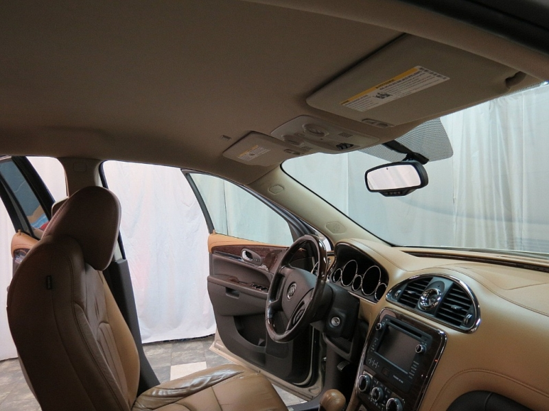 Buick Enclave 2015 price $16,895