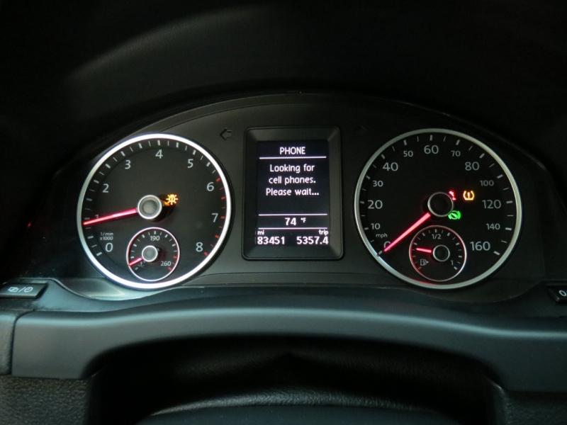 Volkswagen Tiguan 2013 price $10,350