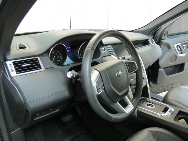 Land Rover Discovery Sport 2016 price $22,195