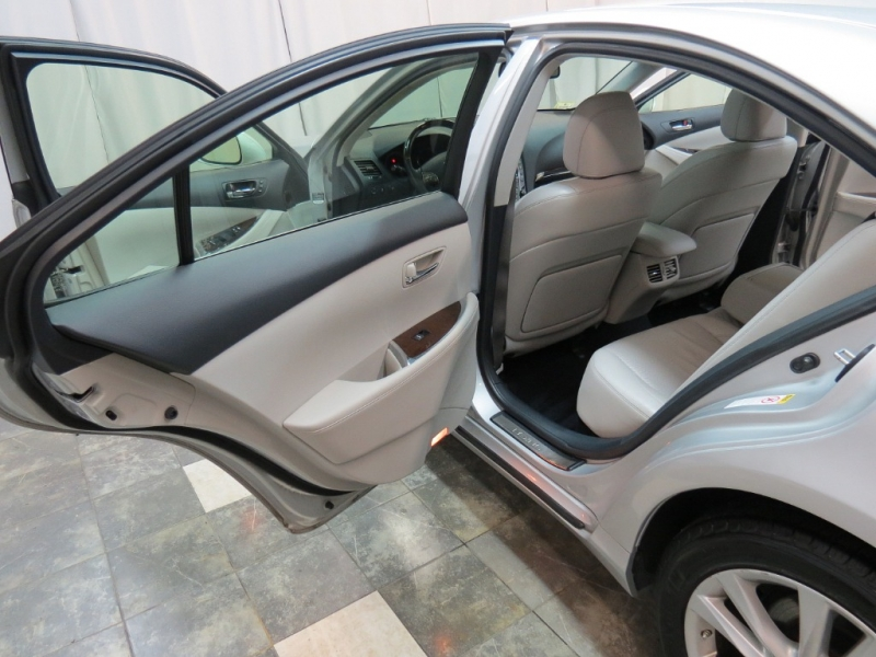 Lexus ES 350 2012 price $11,450