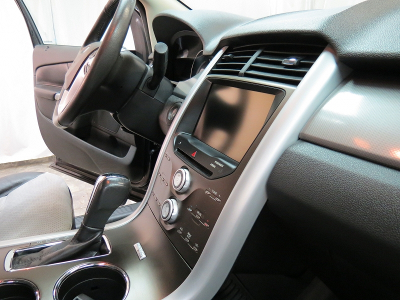 Ford Edge 2014 price $12,395