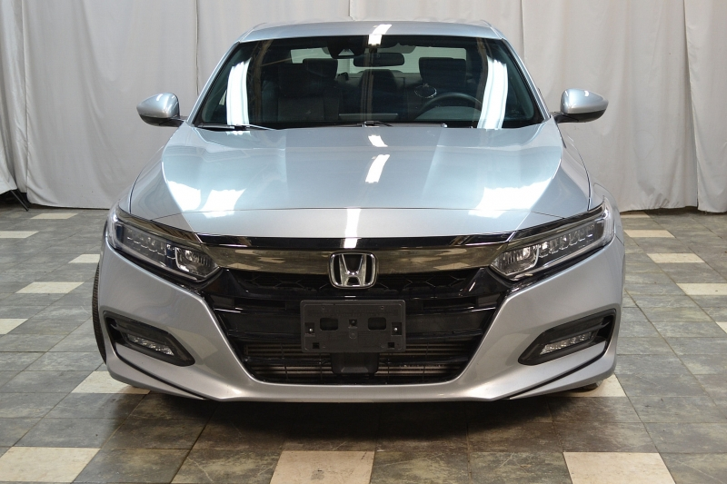 Honda Accord Sedan 2018 price $17,995