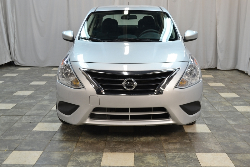 Nissan Versa Sedan 2018 price $8,995