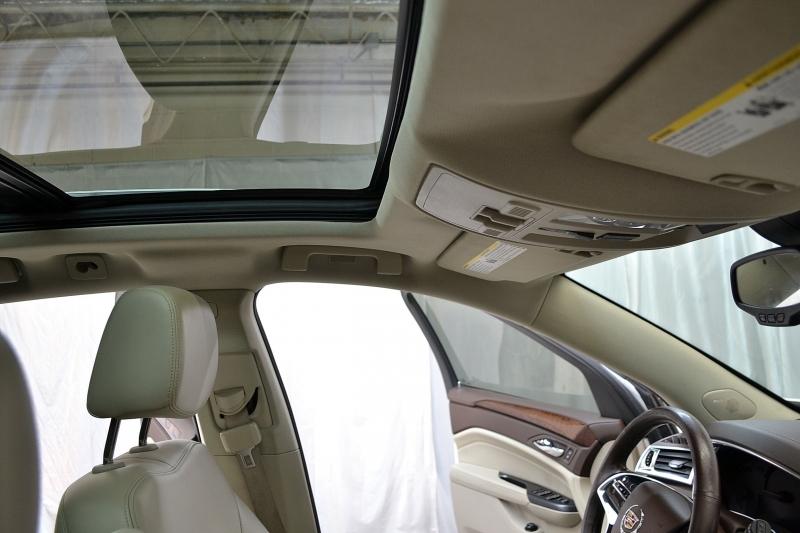 Cadillac SRX 2016 price $16,995