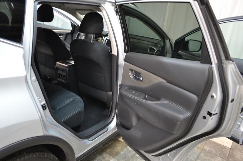 Nissan Murano 2017 price $18,995