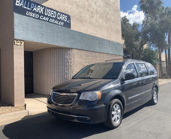 Chrysler Town & Country 2011 price $6,900