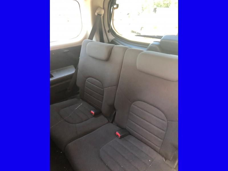 Nissan Pathfinder 2010 price $4,999