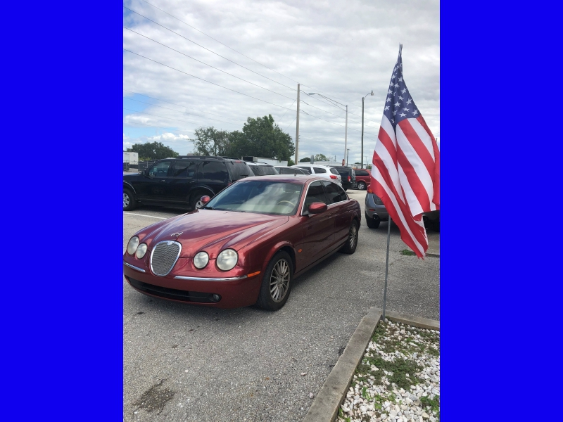 Jaguar S-TYPE 2006 price $2,399