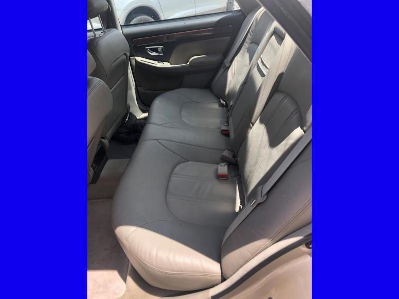 Hyundai XG 350 2005 price $3,350