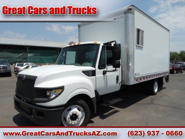 home page great cars and trucks auto dealership in glendale arizona. Black Bedroom Furniture Sets. Home Design Ideas