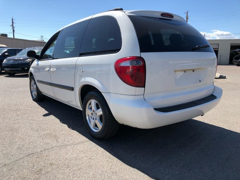Dodge Caravan 2005 price $3,991
