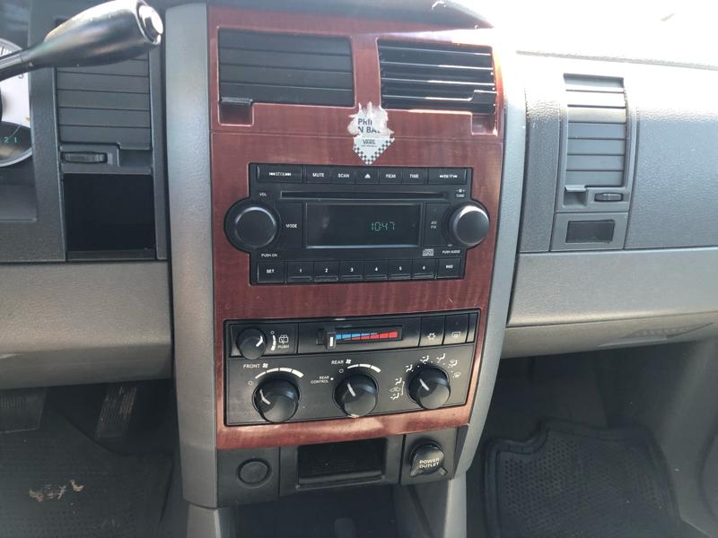 Dodge Durango 2004 price $3,450 Cash