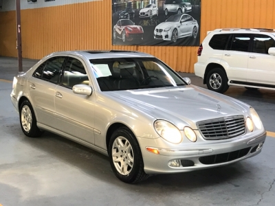 Mercedes-Benz E-Class 2004