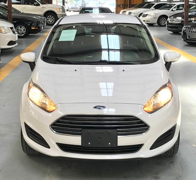 Ford Fiesta 2015 price $800-$3000 Down