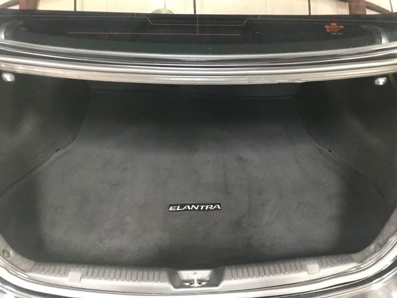 Hyundai Elantra 2012 price $800-$3000 Down