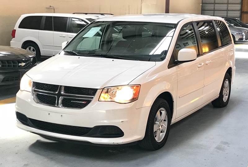 Dodge Grand Caravan 2013 price $1,500