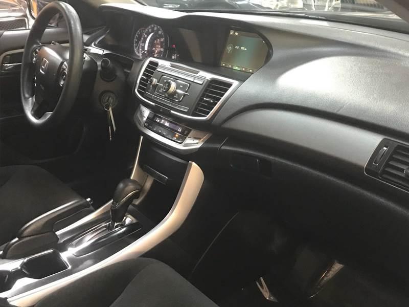 Honda Accord 2013 price $1500-$2500