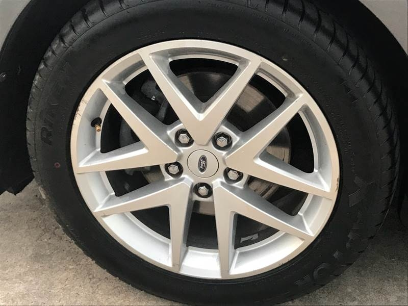 Ford Fusion 2012 price $800-$3000 Down