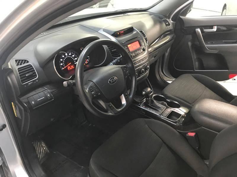 Kia Sorento 2014 price $800-$3000 Down