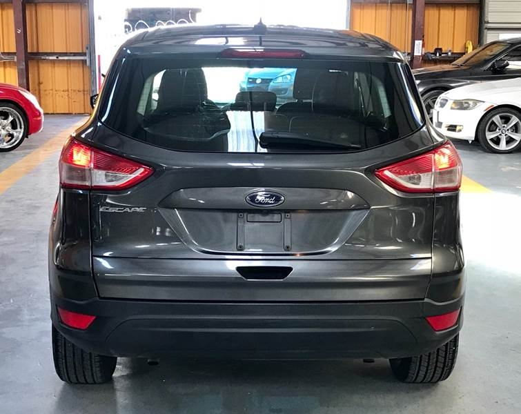 Ford Escape 2016 price $800-$3000 Down