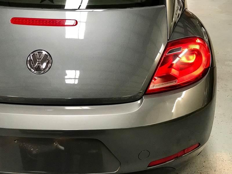 Volkswagen Beetle 2012 price $800