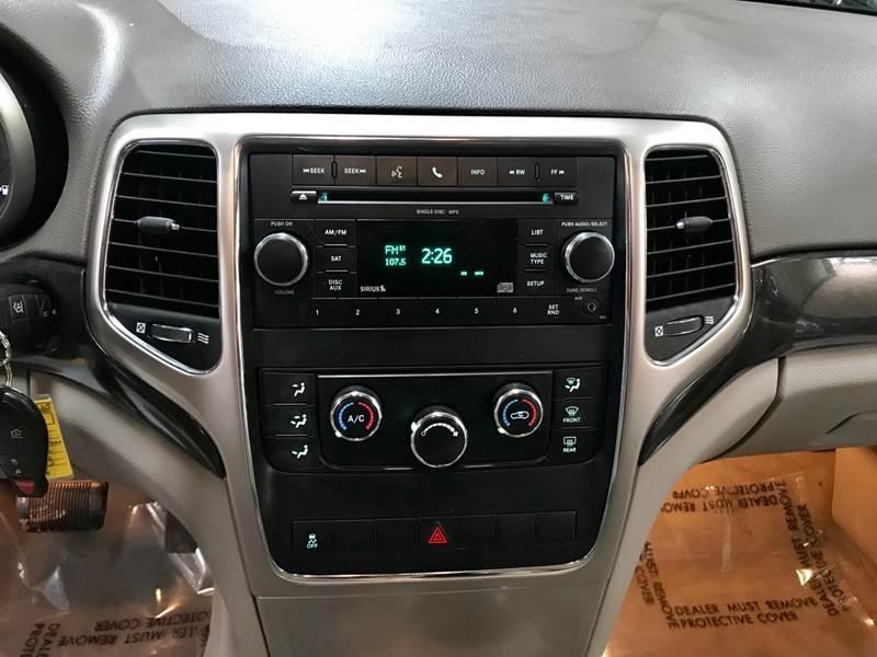 Jeep Grand Cherokee 2011 price $995-$3500 Down
