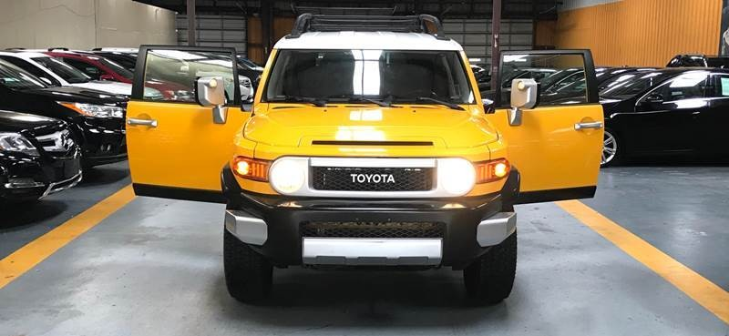 Toyota FJ Cruiser 2008 price $3,000