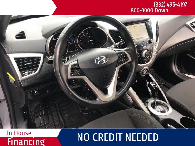 Hyundai Veloster 2017 price $2,500