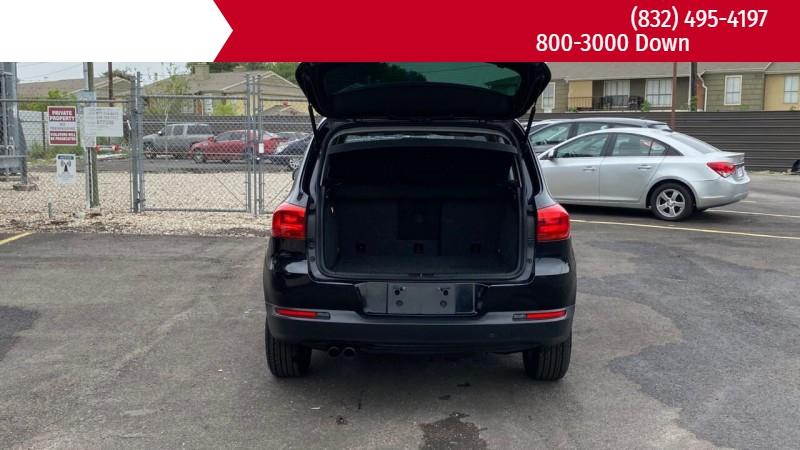 Volkswagen Tiguan 2012 price $1,500