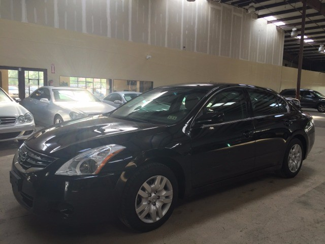 Nissan Altima 2012 price $800-$3000 DOWN