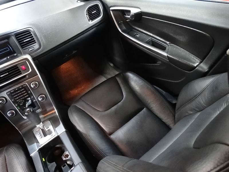 Volvo S60 2012 price $0