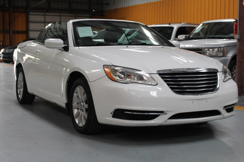 Chrysler 200 2012 price $800-$3000 Down