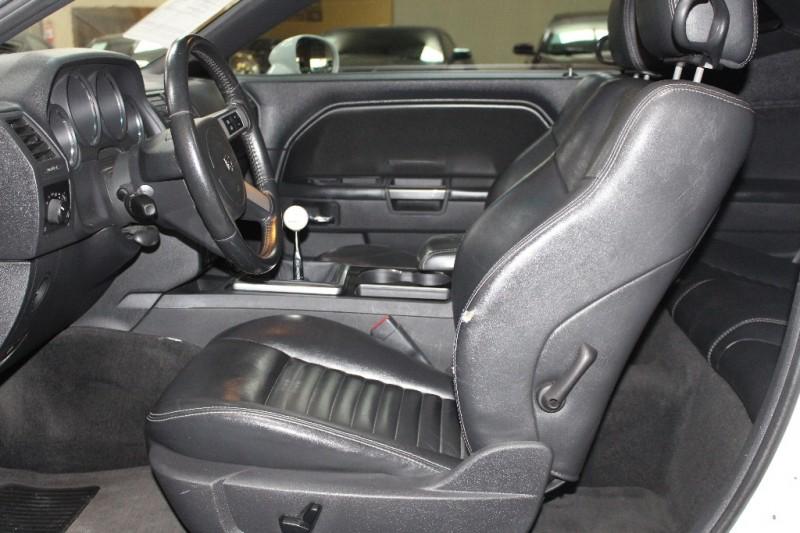 Dodge Challenger 2009 price $800-$3000 DOWN