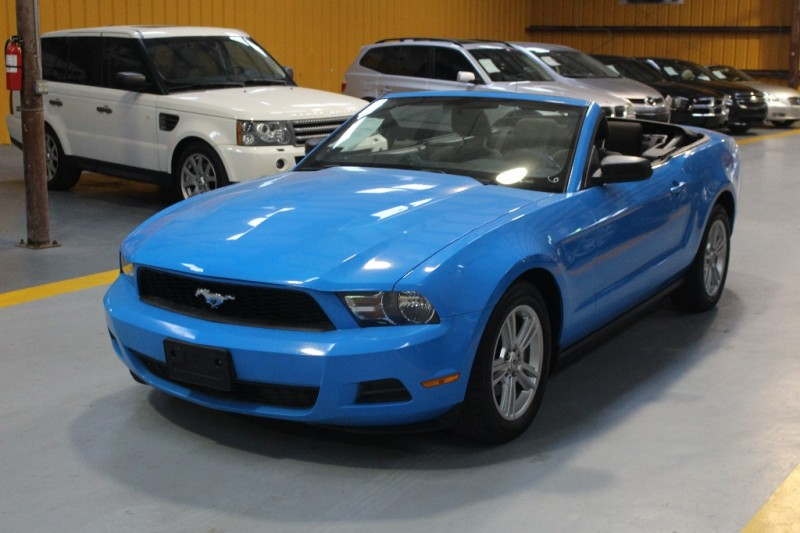 Ford Mustang 2010 price $800-$3000 DOWN