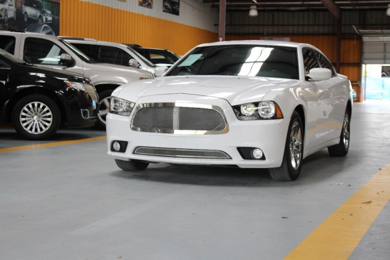 Dodge Charger 2013 price $800-$3000 Down