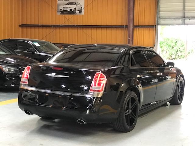 Chrysler 300 2012 price $800-$3000 Down
