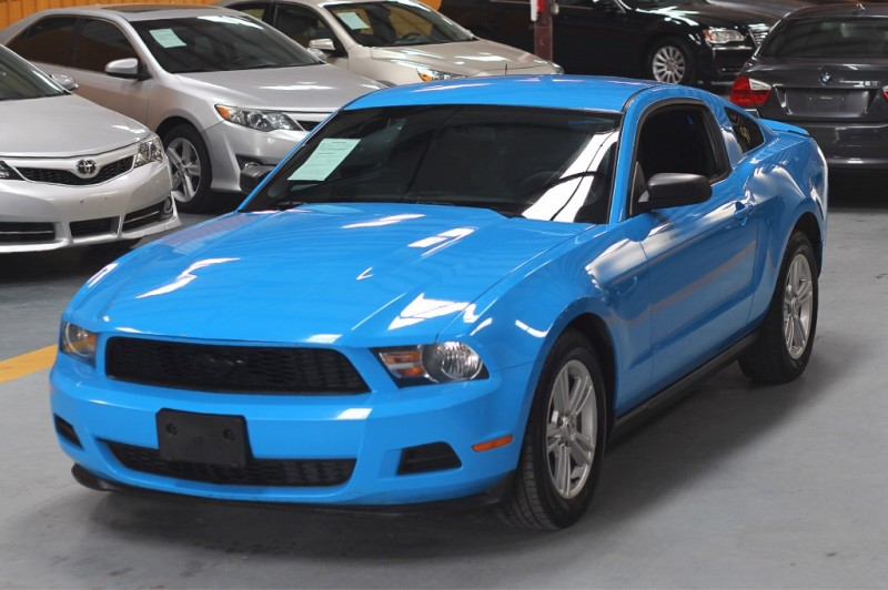 Ford Mustang 2012 price $800-$3000 Down